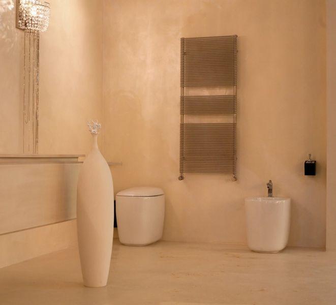 Pavimento in resina cementizia: è possibile rivestire una doccia?