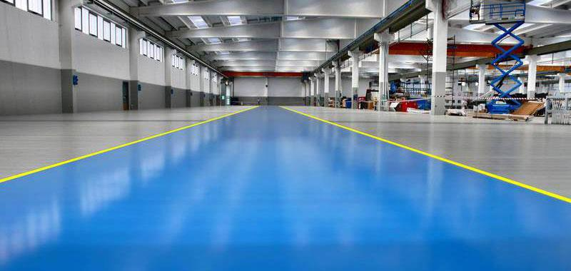Verniciatura pavimento capannoni con smalto epox